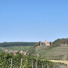 Schöne Ferienwohnung mit Garten am Fuße der Burg Neipperg
