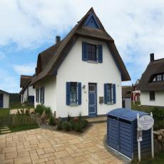 Schönes Reetdachhaus nahe  Wismar, 500m zum Naturstrand!
