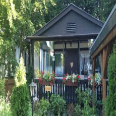 Ferienhaus in der Natur, liebevoll ausgestattet mit Garten,  ...