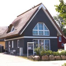 Ferienhaus auf Rügen - direkt am Wasser, Sauna, Kamin, 3D-T ...