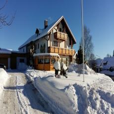 Haus mit Herz für Mensch und Tier im schönen bayerischen W ...