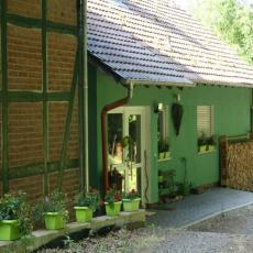 Natur pur: Ferienwohnung Waldkauz bei Frau Holle im Höllent ...